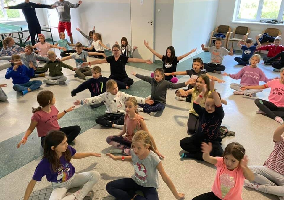 Dziś zajęcia ruchowe i podstawy tańca :)